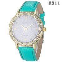 Женские кварцевые наручные часы / годинник  с ремешком мятного цвета (311)