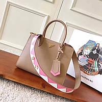 Женская сумка Prada зеркальная реплика