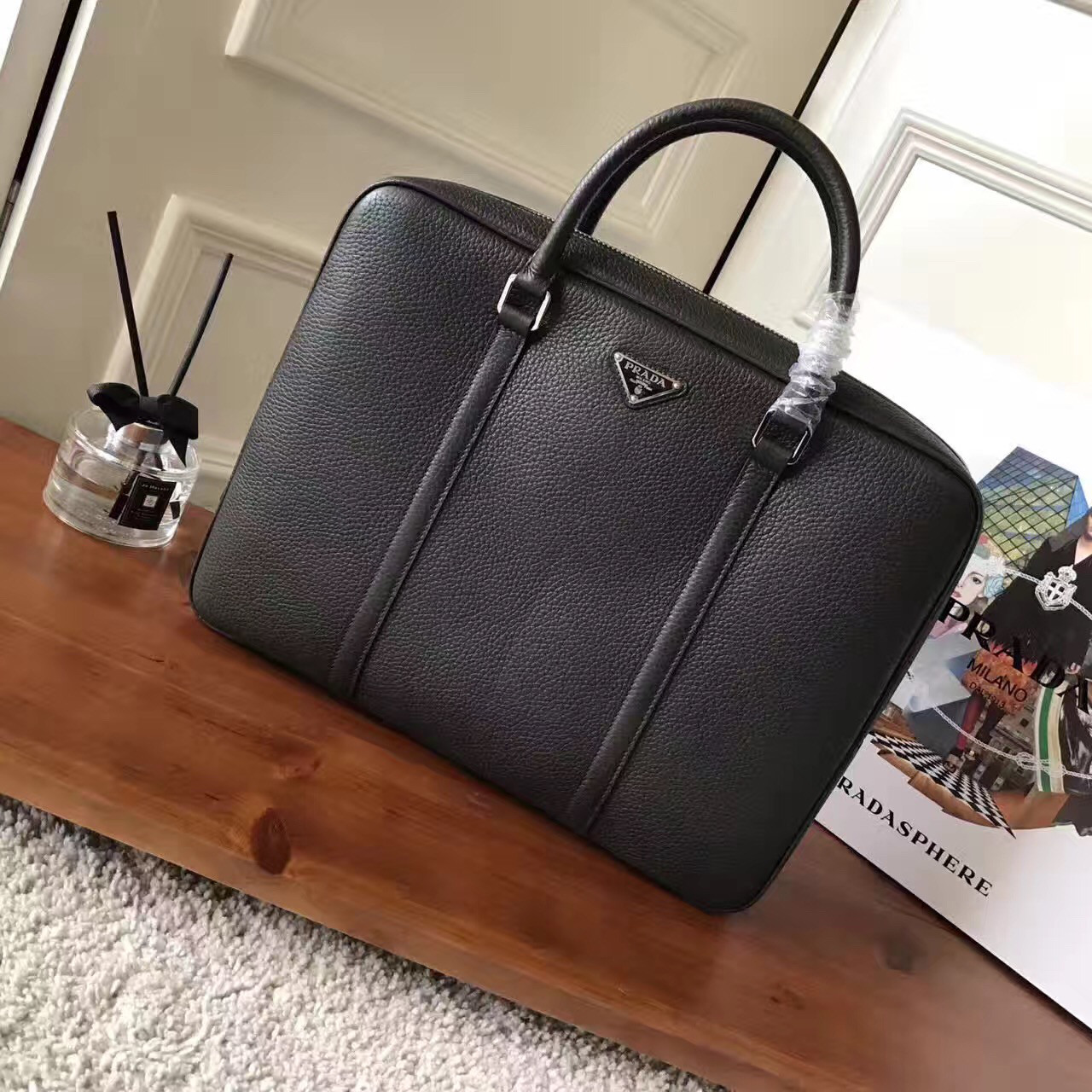 Мужская кожаная сумка - Prada
