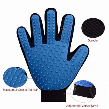 Перчатка  для вычёсывания  животных шерсти и массажа! Побалуй питомца!True Touch pet grooming glove Груминг 4
