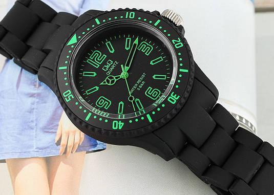 Часы Q Q GW76-007   Японские наручные часы   Кью энд кью   Кью кью ... eba8f1469c2