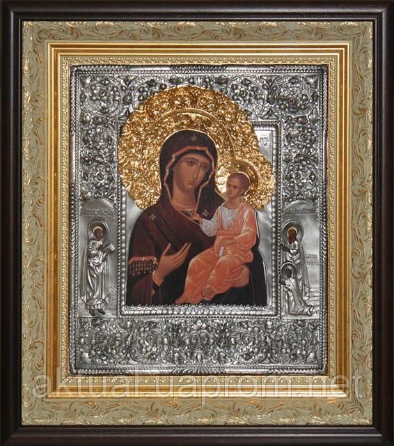 Икона Богоматерь Иверская c предстоящими святыми Матвеем и Лукой