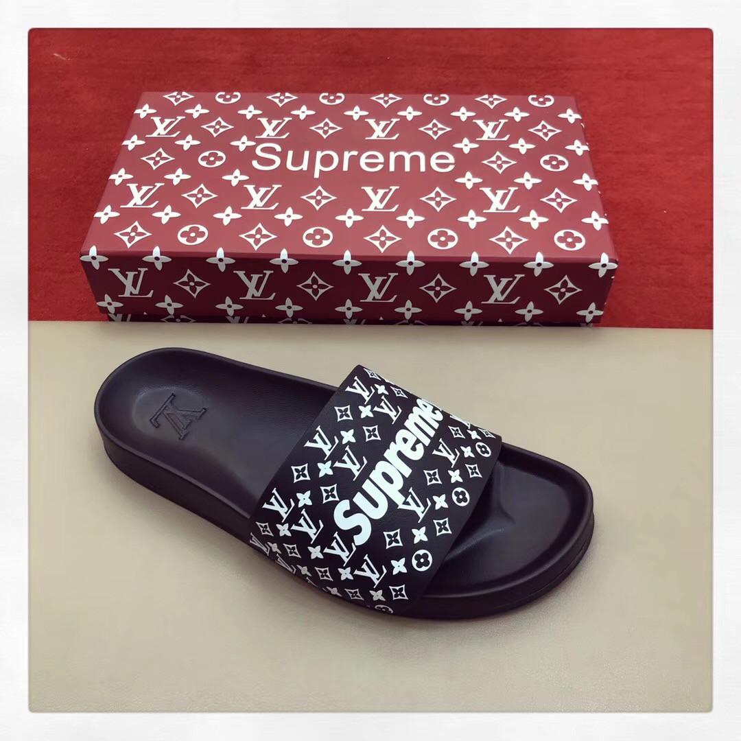 Louis Vuitton Supreme - шлепки купить   vkstore.com.ua 916ef8d4e4f
