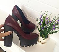 Женские кожаные туфли на толстом каблуке
