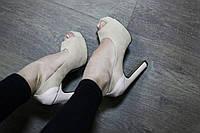 Бежевые туфли на высоком каблуке реплика Christian Louboutin Итальянская замша открытый носок