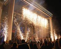 Водопад (огнепад) сценический, высота потока искр: 5 метров, время горения: до 1 минута