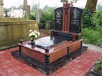 Подвійний пам'ятник для батьків із граніту комплекс із закритим квітником