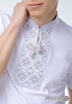"""Вышитая мужская футболка белым по белому """"Атаманская (серая вышивка)», фото 2"""