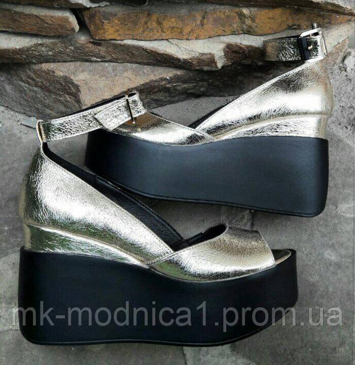 Туфли Кожа  серебро  открытые  с застежкой