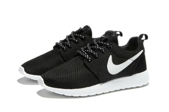 cc9b2c87 Детские кроссовки Nike Roshe Run Black White - Интернет магазин обуви  «im-РоLLi»