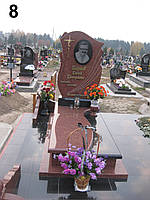 Ексклюзивний пам'ятник на могилу із граніту лізник хрест латунний