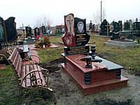 Ексклюзивний пам'ятник на могилу із граніту лізник та габро