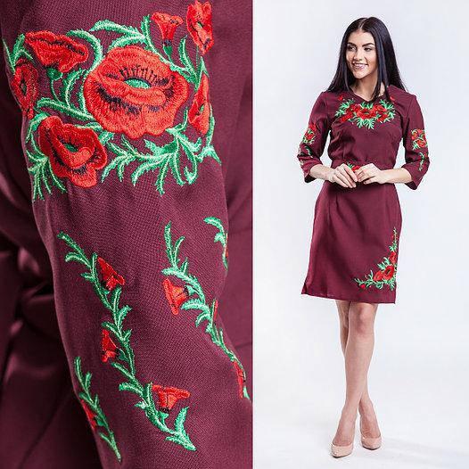 Бордовое платье вышитое гладью Соломия
