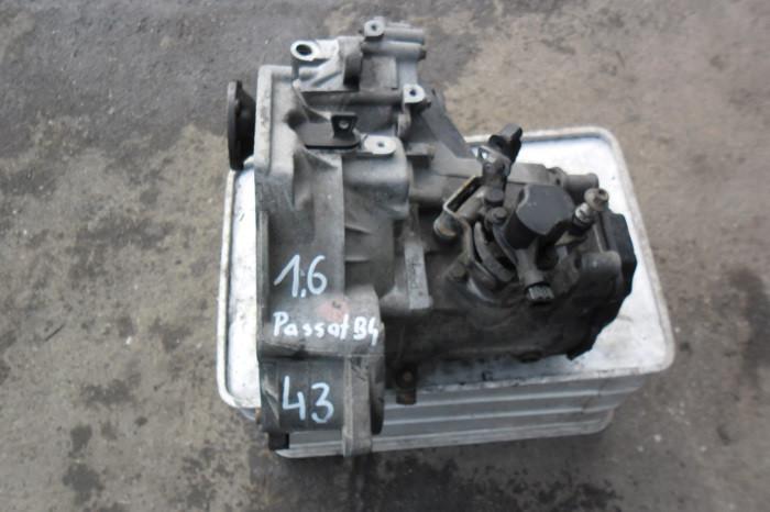 КПП/Коробка передач VW PASSAT B4 1.6