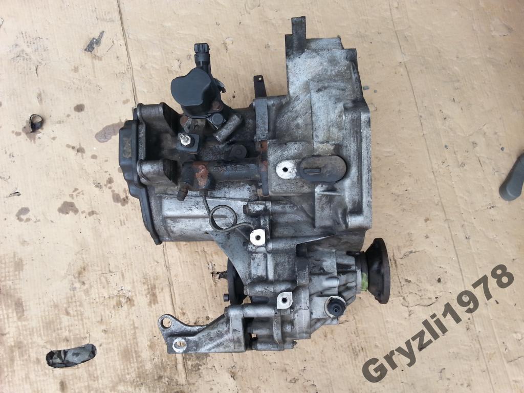 КПП/Коробка передач VW PASSAT B4 2.0