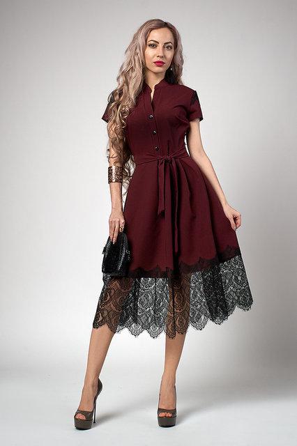 8d160681ef50e0d Красивое бордовое платье из материала костюмка, декорированное черным,  нежным кружевом, цена 390 грн., купить в Хмельницком — Prom.ua  (ID#673892904)