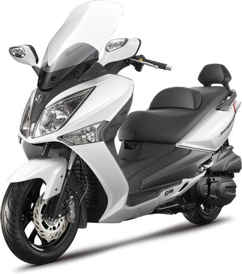 Маневренный скутер для города SYM GTS 300 Сим