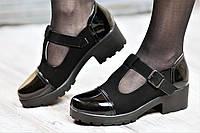 Туфли женские весенние с ремешком на тракторной подошве черные искусственная замша кожа лак (Код: Ш1060а)