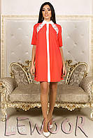 Красивое платье с кружевом на пуговицах