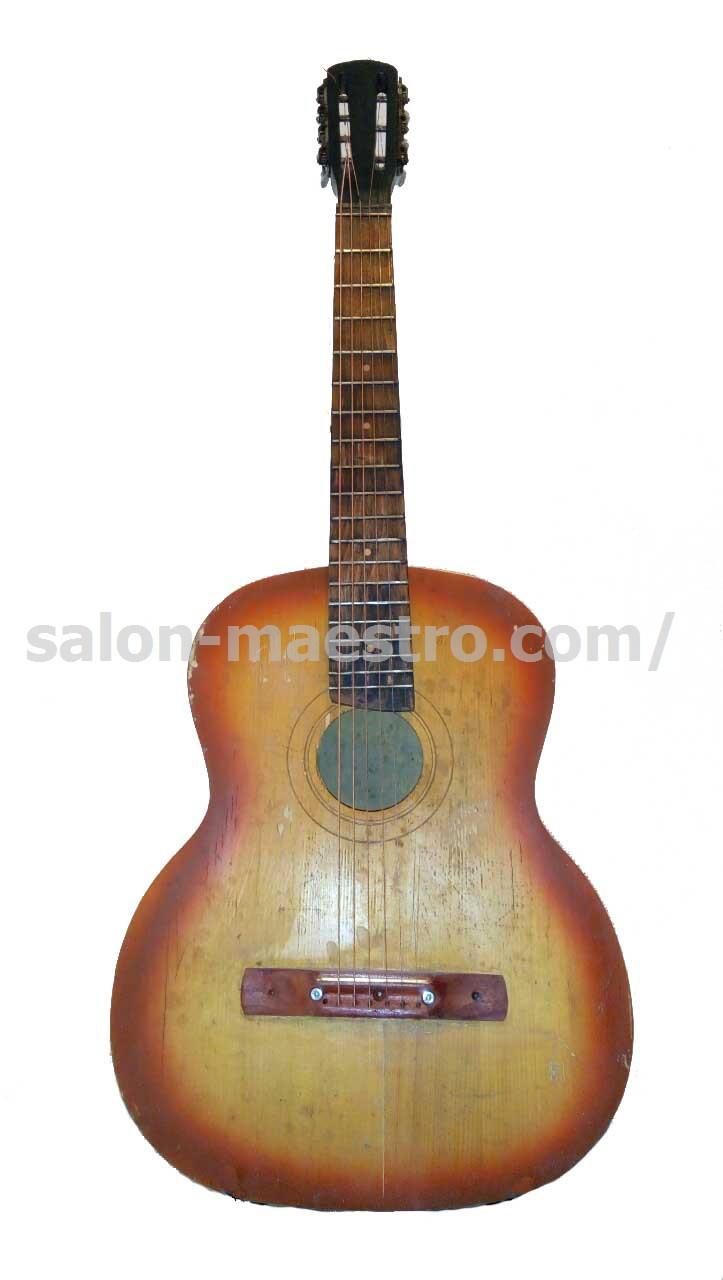 (01\0462) Гитара классическая для уличного музыканта.