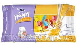"""Bella  64 шт. Детские влажные салфетки """"Happy Milk. Honey"""""""