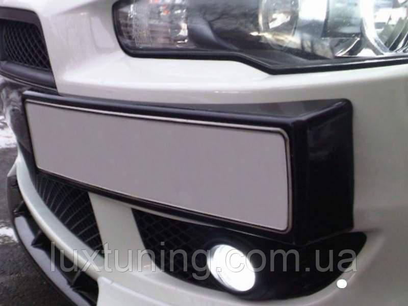 """Подиум под номер глянец Mitsubishi Lancer X дорестайлинг 2007-2010 - магазин """"Luxtuning"""" в Днепре"""