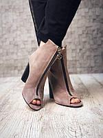 Ботинки с открытым носком натуральная замша на высоком каблуке
