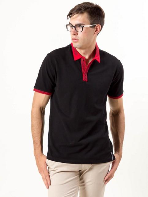 Чоловіча футболка чорного кольору з вишивкою