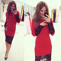 Красивое платье миди с широким французским кружевом красное