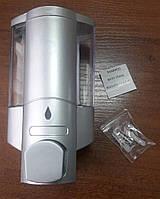 Дозатор мыла настенный пластиковый