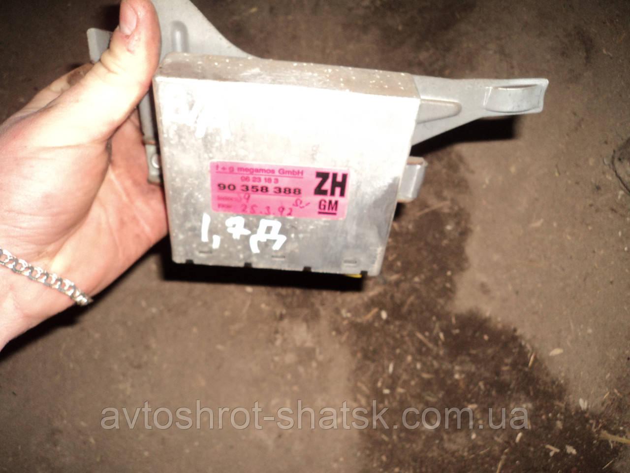 Б/у блок управління двигуном для Opel Vectra A