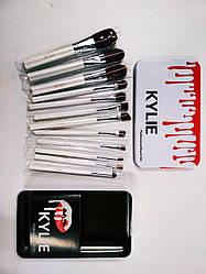 Набор профессиональных кисточек Kylie Professional Brush Set 12 в 1 (белый)