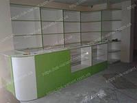 Магазин детских игрушек выполнен из стеклянных прилавков, стеллажей из дсп. Все торговое оборудование для магазина детских игрушек выполнено на заказ по индивидуальным размерам.