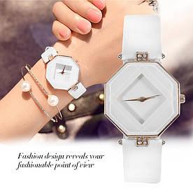 Часы женские наручные Cube white