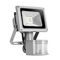 Прожектор светодиодный с датчиком движения 30Вт 6500К LMPS34 серый