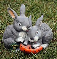 Зайцы с морковкой H-21см, фото 1