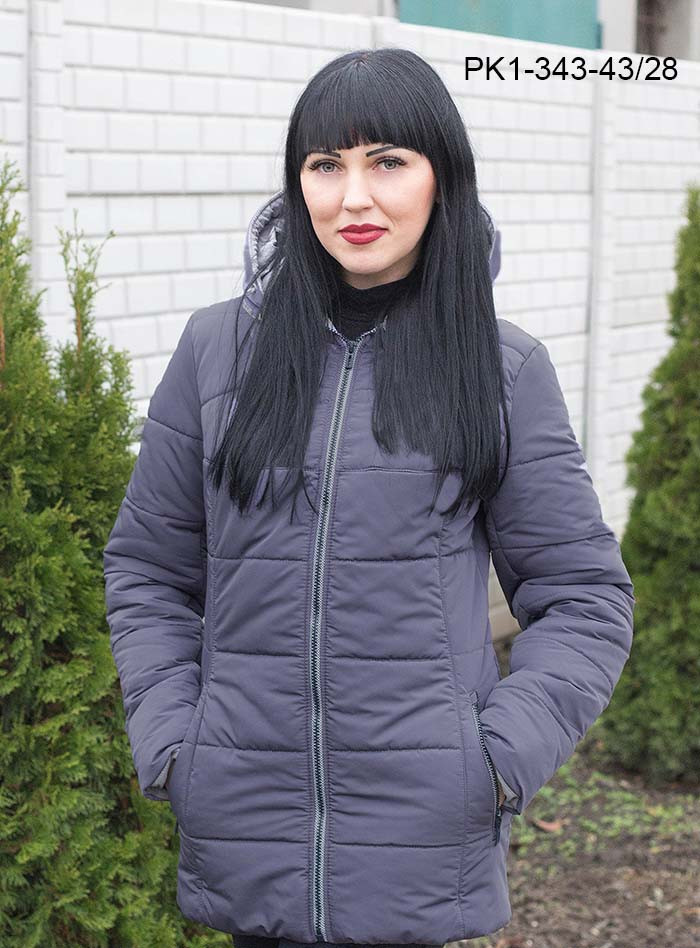 Женская демисезонная короткая куртка / размер 48-58 / цвет слива