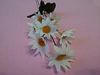 Веточка ромашек белых 35 см