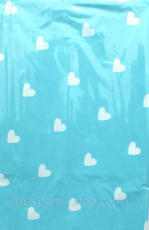 Скатерть праздничная голубая в сердечки