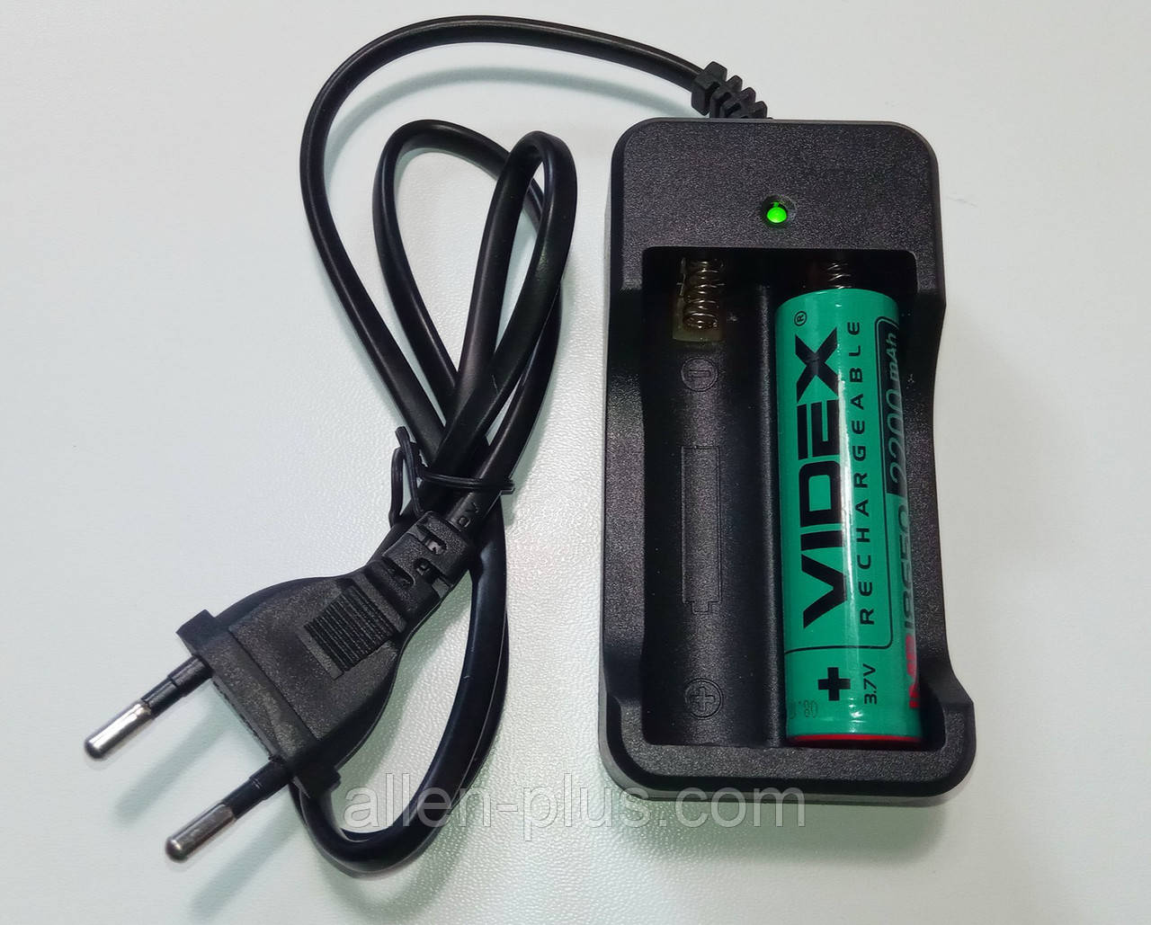 Зарядний пристрій з кабелем та вилкою HXY-042/MD202, (2x18650, Li-Ion, 220V) (на 2 акумулятора 18650)