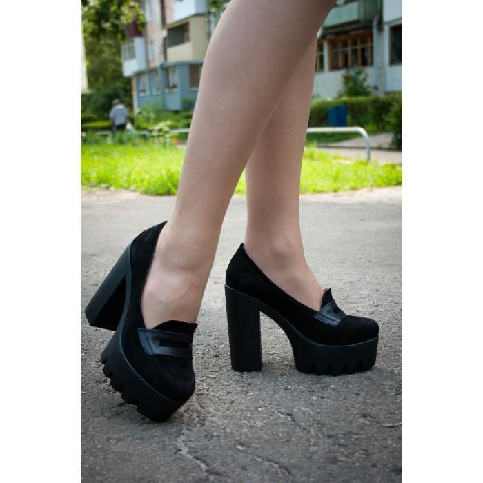 552585589a3a Женские замшевые туфли на толстом каблуке черные -