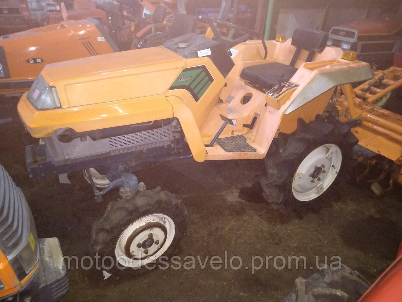 Мини трактор Kubota XB-1 4wd