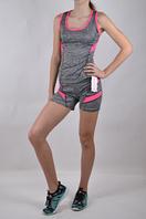 Женские спортивный костюм с коротким рукавом.
