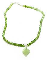 Ожерелье нефритовое с кулоном