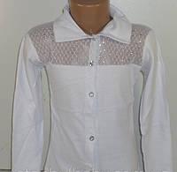 Блузка трикотажная белая. Размер 5.6 лет
