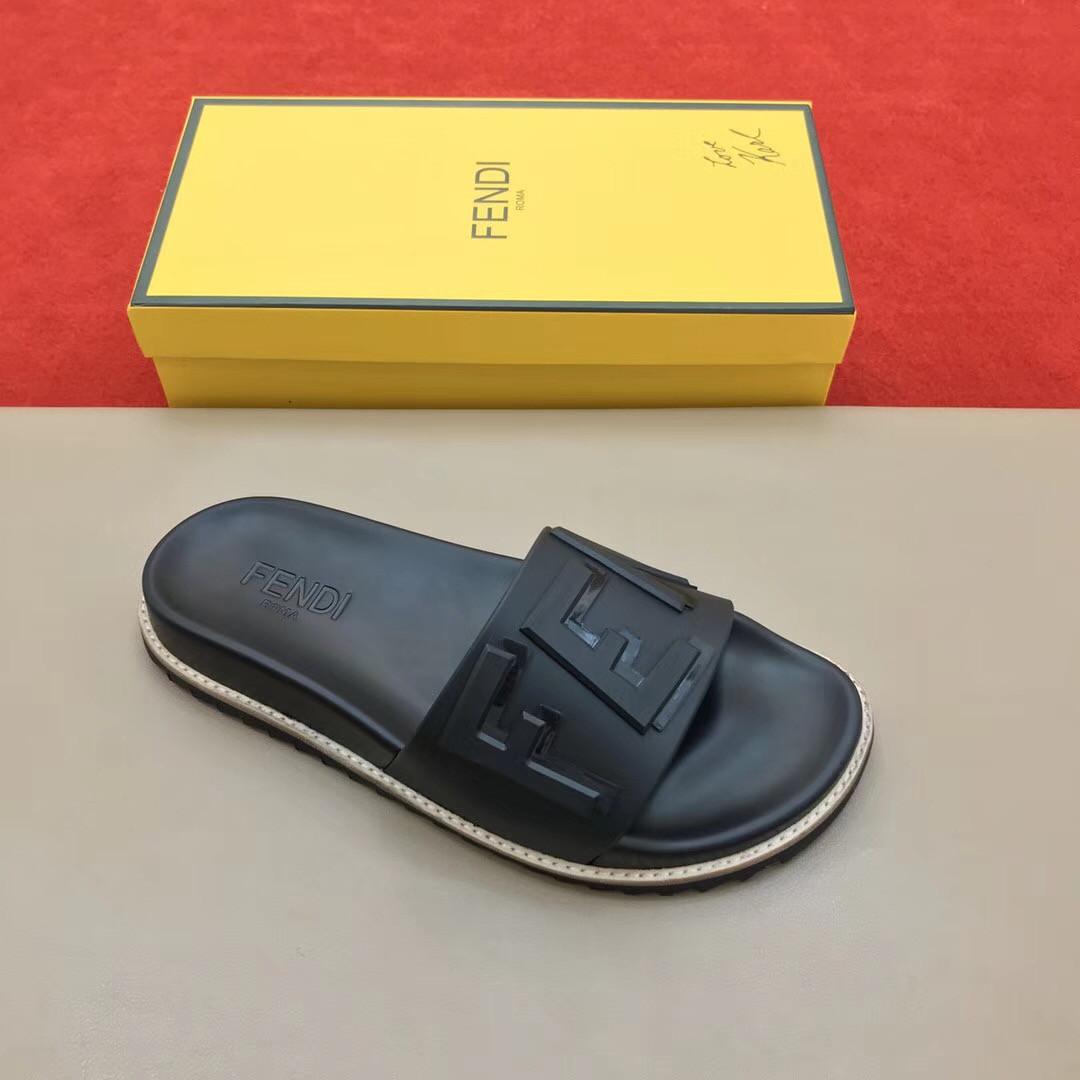 e9529122 Мужские шлепки брендовые - купить обувь, Fendi | vkstore.com.ua