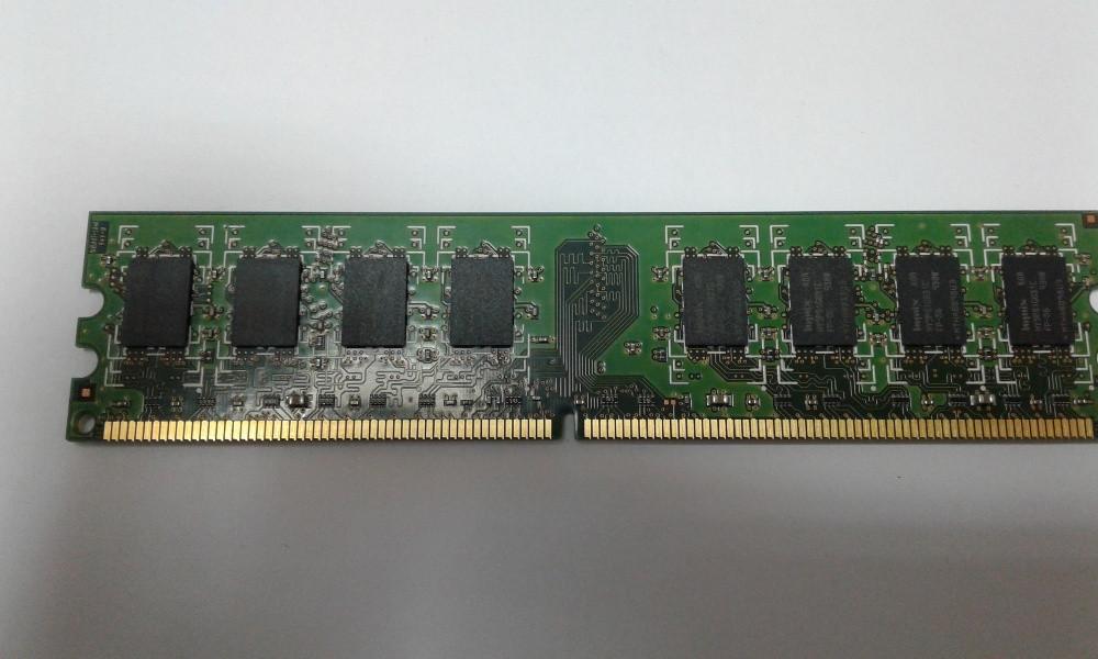 Оперативная память 2GB DDR2 и 1ГБ
