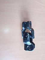 Карданный шарнир  руля 8586803