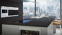 Интерьер кухни с использованием искусственного (кварцевого) камня Caesarstone 4100 Belgian Moon