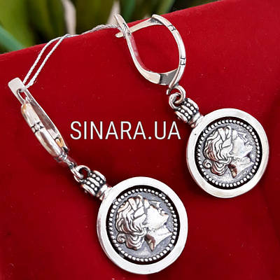 Серебряные серьги Камея